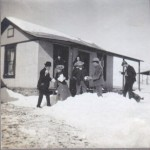 Snowstorm in Johnnie January 1907 - historic photographs